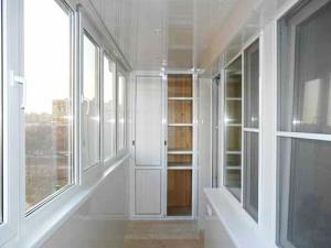Остекление лоджий и балконов – практичная услуга