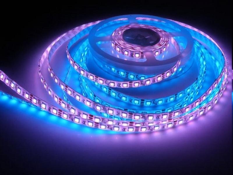 Светодиодные ленты выбираем и устанавливаем