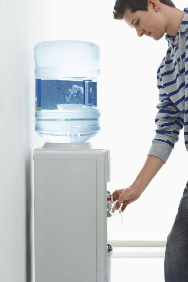 О кулерах для воды, об их полезности и актуальности